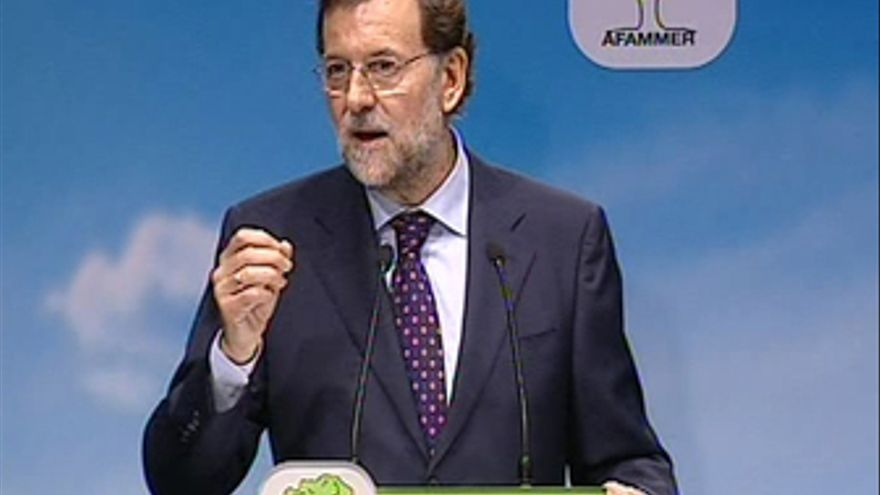 Rajoy pide un cambio de Gobierno