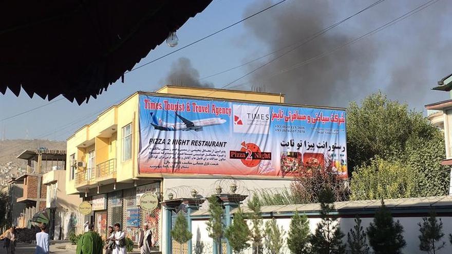 Un ataque contra la sede de una ONG en Kabul causa un muerto y seis heridos