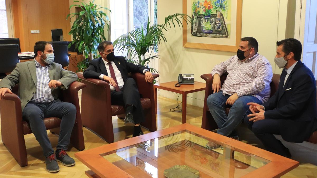 Reunión entre los representantes del Ayuntamiento de Los Alcázares y el de Murcia