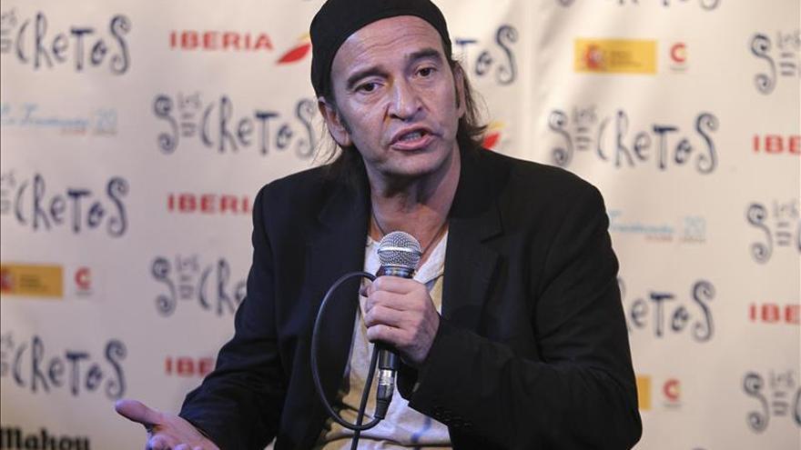 """Los Secretos homenajean a sus grandes héroes musicales con """"Algo prestado"""""""