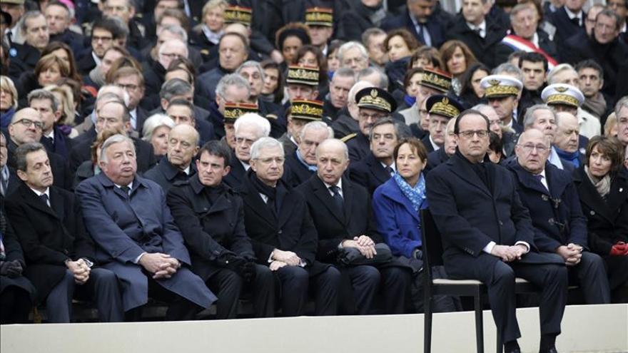 El 69% de los españoles apoya la ayuda a Francia contra el yihadismo, según una encuesta