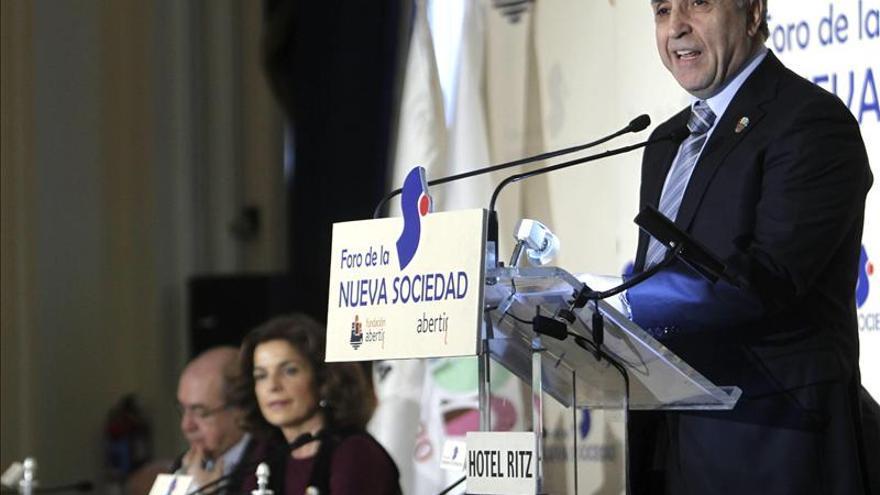 El presidente de Madrid 2020 y el COE, Alejandro Blanco.