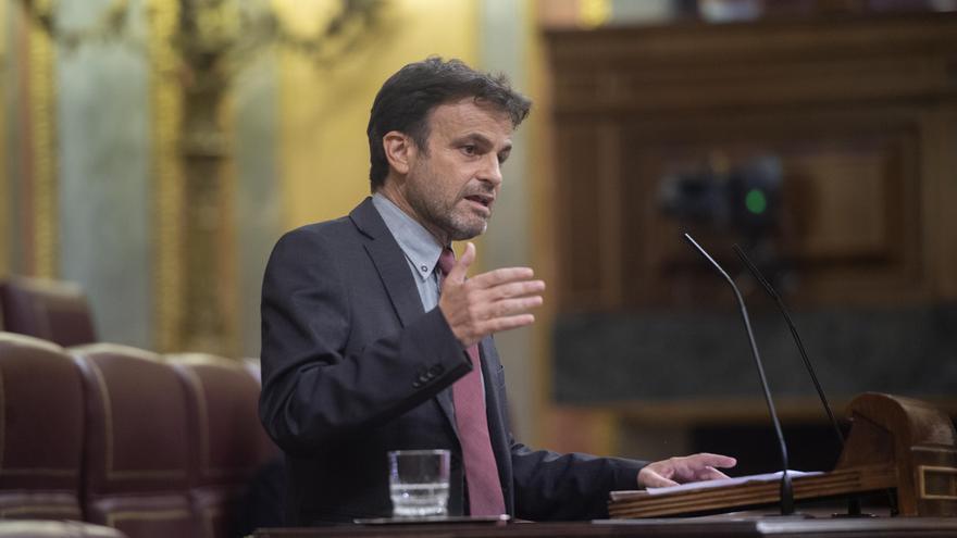 Archivo - El presidente del grupo parlamentario de Unidas Podemos en el Congreso, Jaume Asens, interviene en una sesión plenaria en el Congreso de los Diputados, a 22 de junio de 2021, en Madrid, (España).