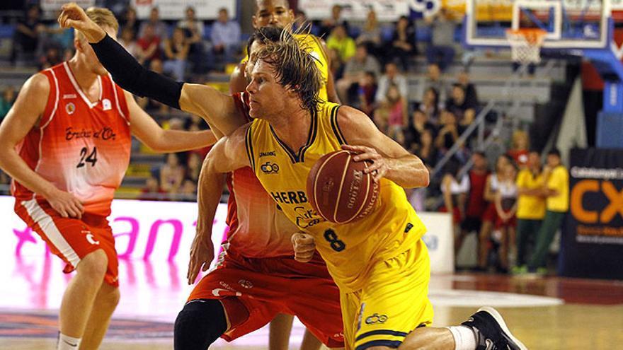 Un lance del partido entre el Manresa y el Herbalife Gran Canaria. Liga ACB
