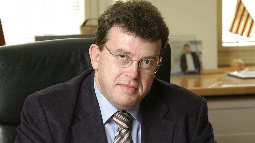 Jordi William Carnes