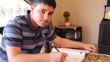 El difícil camino de un refugiado de Palestina para llegar a Harvard