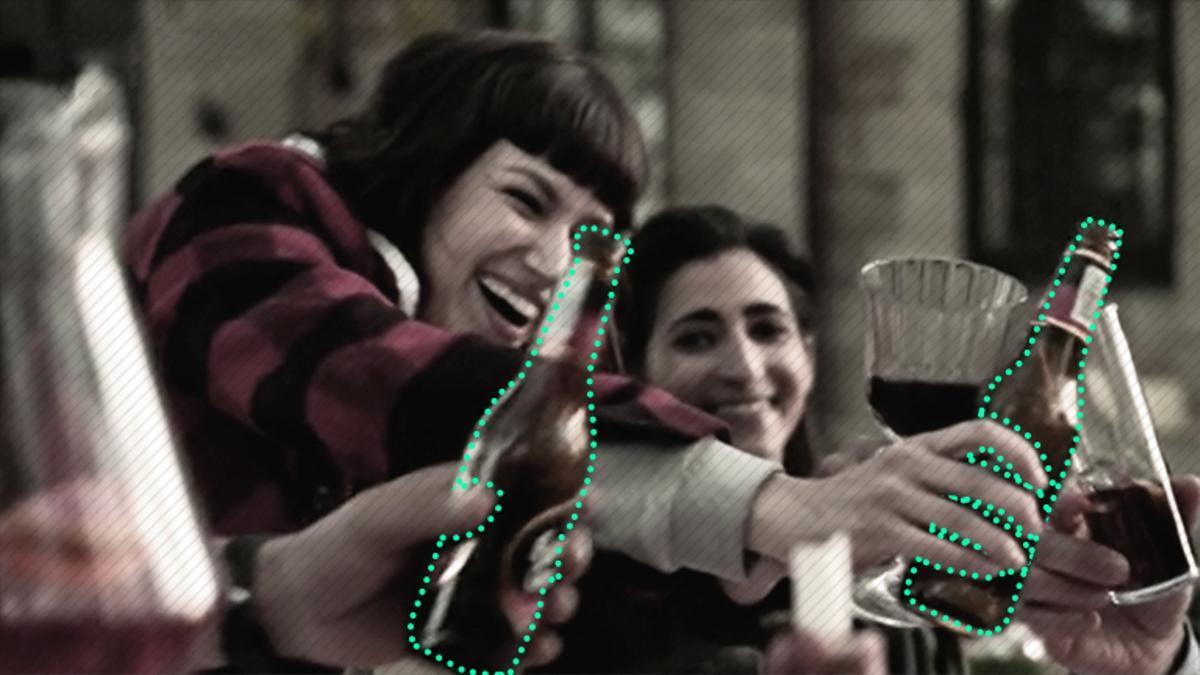 Product placement de una marca de cerveza en la serie 'La casa de papel', popularizada en todo el mundo a través de Netflix.