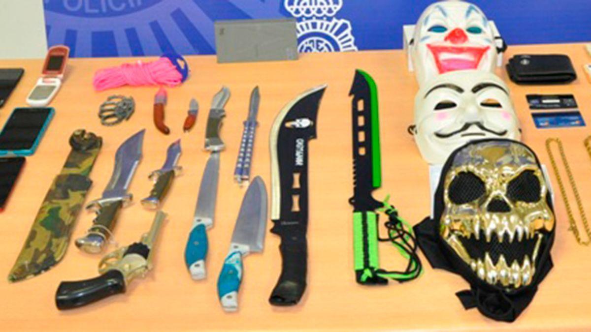 Objetos incautados por la Policía Nacional en la operación realizada en Lucena.