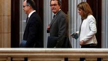 Jordi Turull, Artur Mas y Marta Pascal, juntos en el Parlament, en una fotografía de 2017