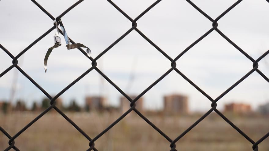 Restos del memorial alternativo de la cárcel de Carabanchel / SALVEMOS CARABANCHEL