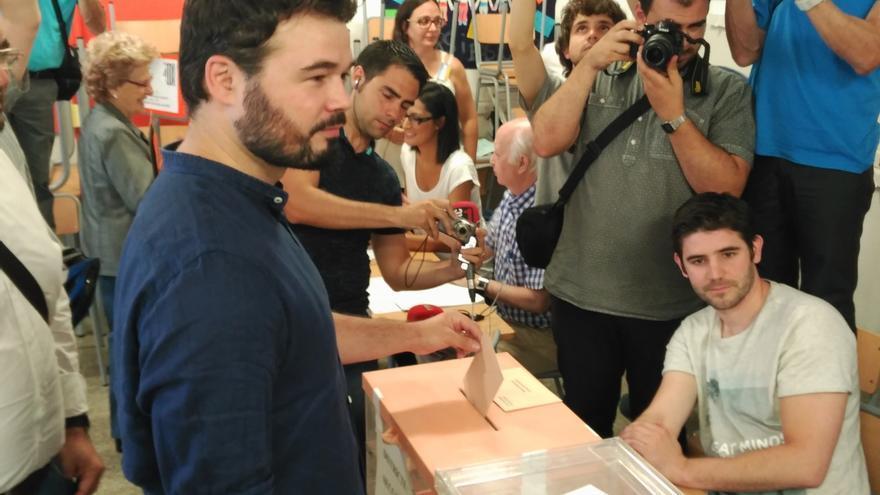 Rufián (ERC) rechazará apoyar a Rajoy y está convencido de que CDC irá en la misma línea