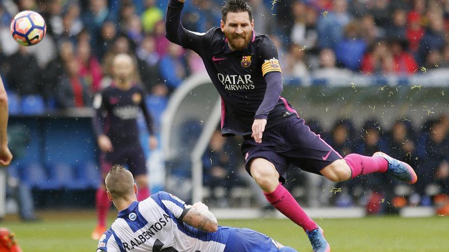Deportivo y Barça ofrecieron un duelo de mucha intensidad.