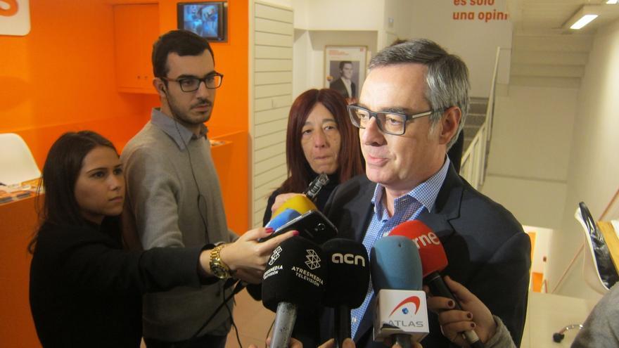 Ciudadanos y el PSOE buscan una solución intermedia entre el contrato único y los tres tipos del modelo socialista