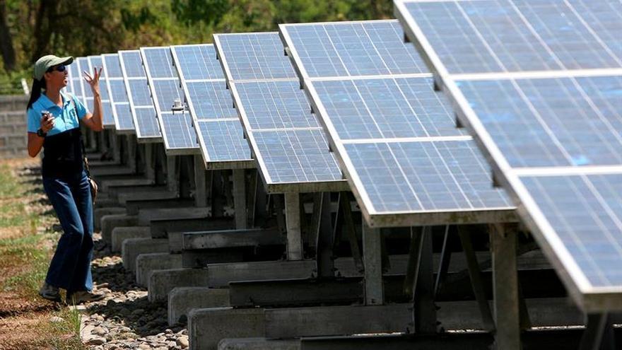 Científicos valoran la importancia de la transición energética contra el cambio climático