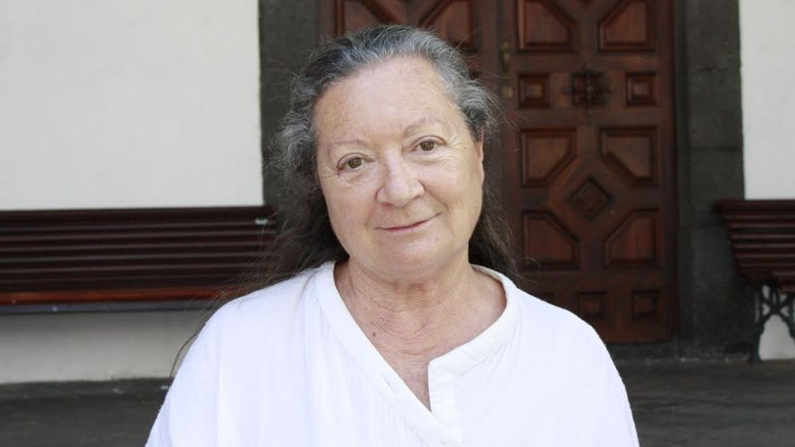 Elsa López preside el jurado del VII Premio Internacional de Poesía 'Ciudad de Santa Cruz de La Palma'.