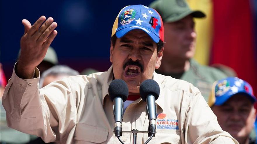 Maduro remodela parcialmente su gabinete con cambios en siete ministerios