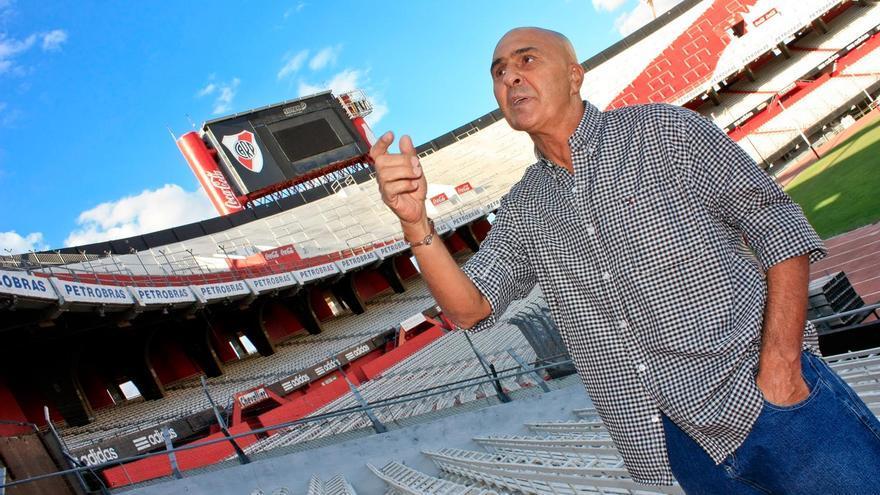 Carlos Morete en las gradas del Monumental, feudo de River Plate. ARMANDO CAMINO