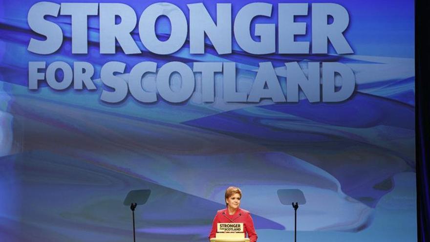 """El """"brexit"""" y otro referéndum pueden ralentizar la economía de Escocia"""