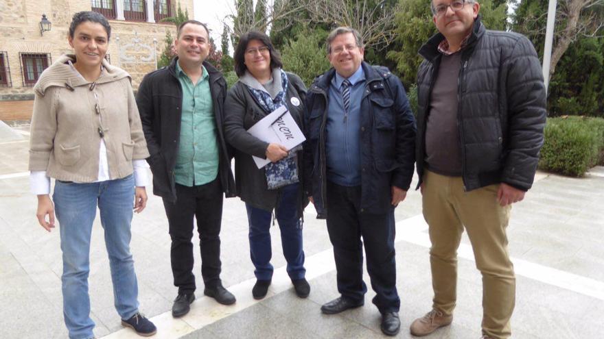 Podemos y la Plataforma Sí a la Tierra Viva, en las Cortes de Castilla-La Mancha