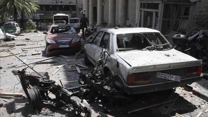 Cientos de civiles huyen de la ciudad siria de Banias tras un ataque del régimen