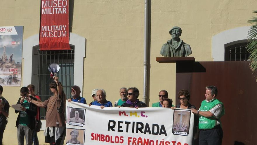 Retiran el nombre de un general franquista de una plaza en Cartagena