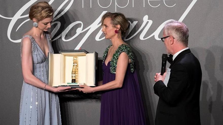Chopard apuesta en Cannes por el talento de Elizabeth Debicki y Joe Alwyn
