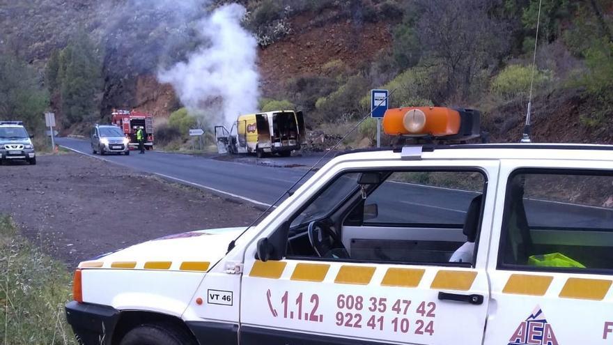 Incendio de la furgoneta.