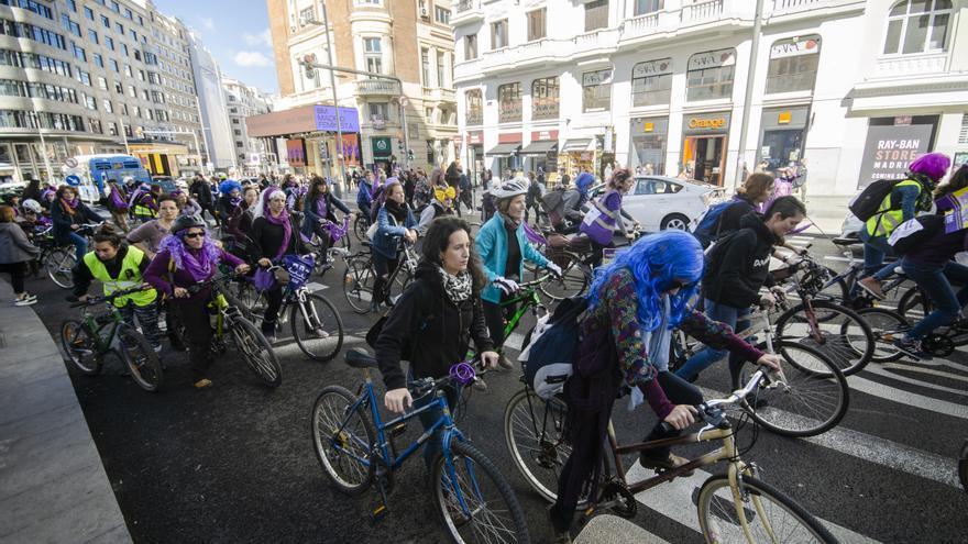El Bicipiquete feminista toma el centro de Madrid