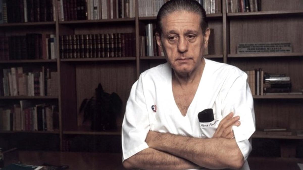 René Favaloro se suicidó el 29 de julio de 2000. Dejó escritas ciertas cartas.
