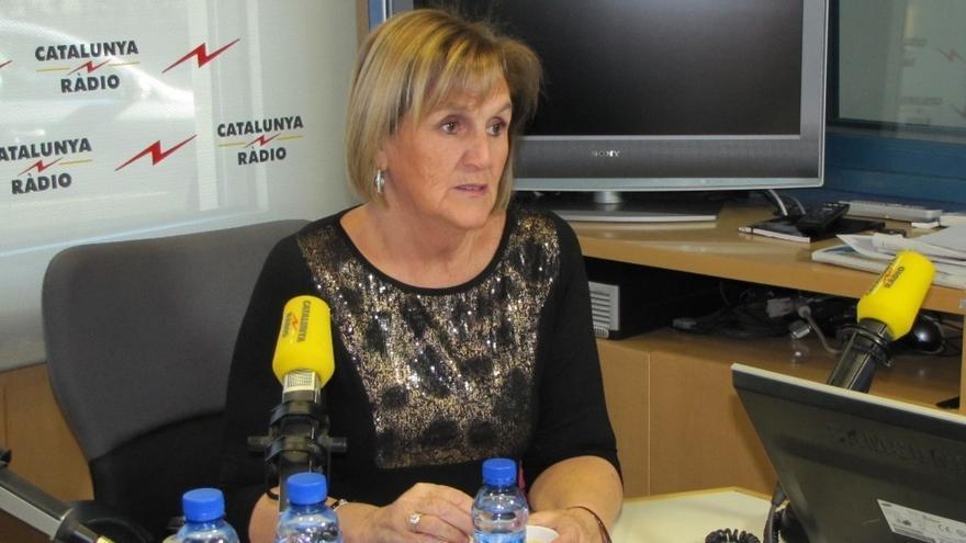La presidenta del Parlament dice que harán en breve una ley para una consulta sin censo electoral ni efectos jurídicos