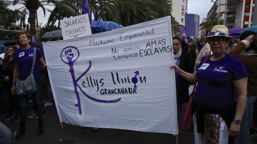 Marcha feminista en Las Palmas de Gran Canaria. (Alejandro Ramos).