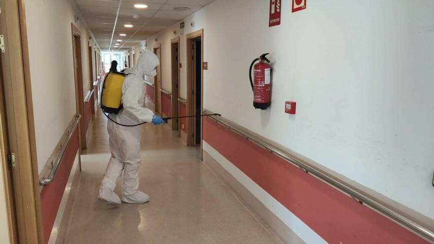 La UME continúa con las labores de desinfección de edificios de toda Navarra
