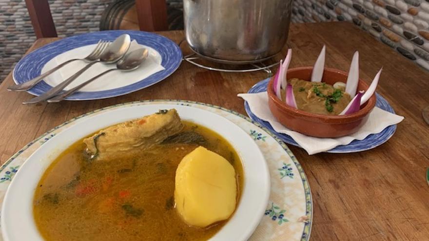 Restaurante Tenderete, donde el caldo de pescado majorero cobra vida propia