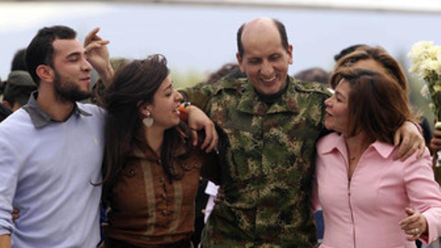 El general Mendieta, secuestrado por las FARC durante 12 años
