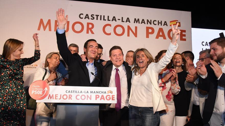 Emiliano García-Page celebra la victoria electoral el 26M