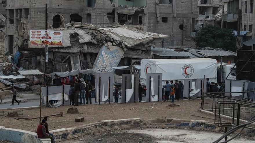Al menos 16 muertos en bombardeos a un mercado en la provincia siria de Alepo