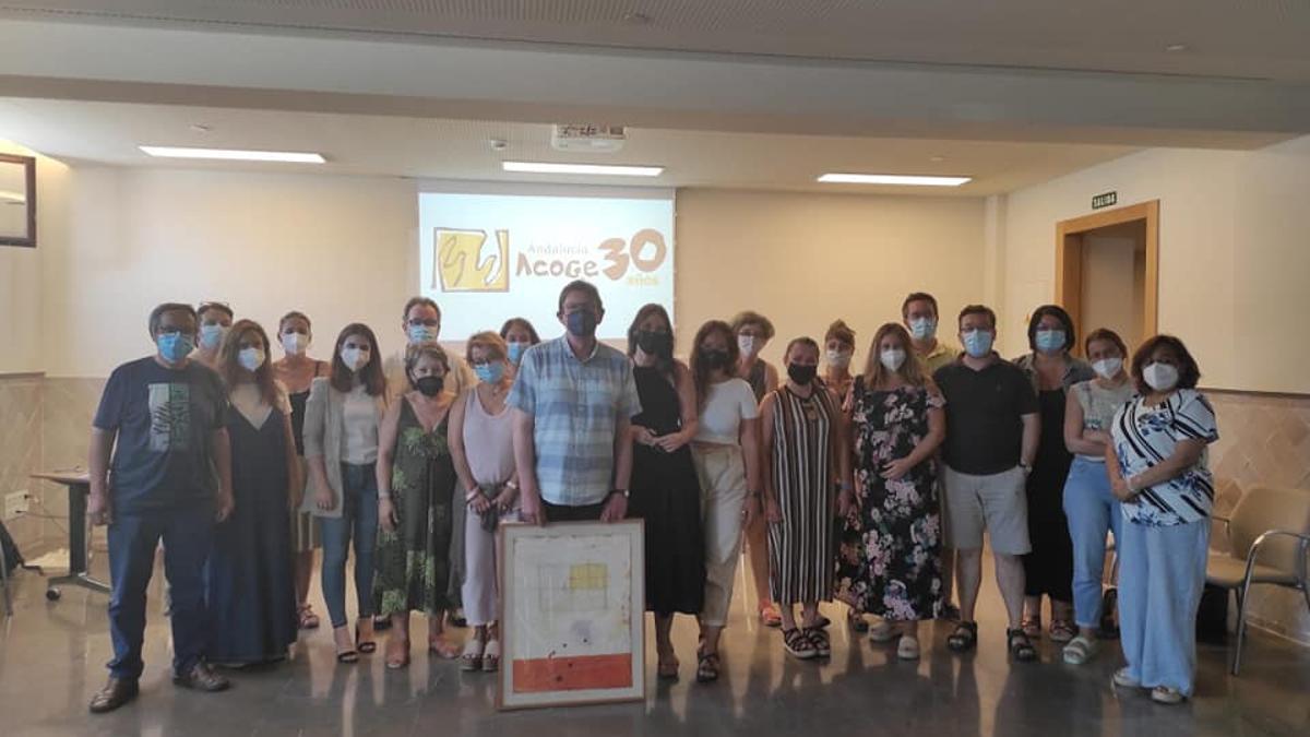 Foto de familia de la XXX Asamblea General de Andalucía Acoge, celebrada el pasado 27 de junio.