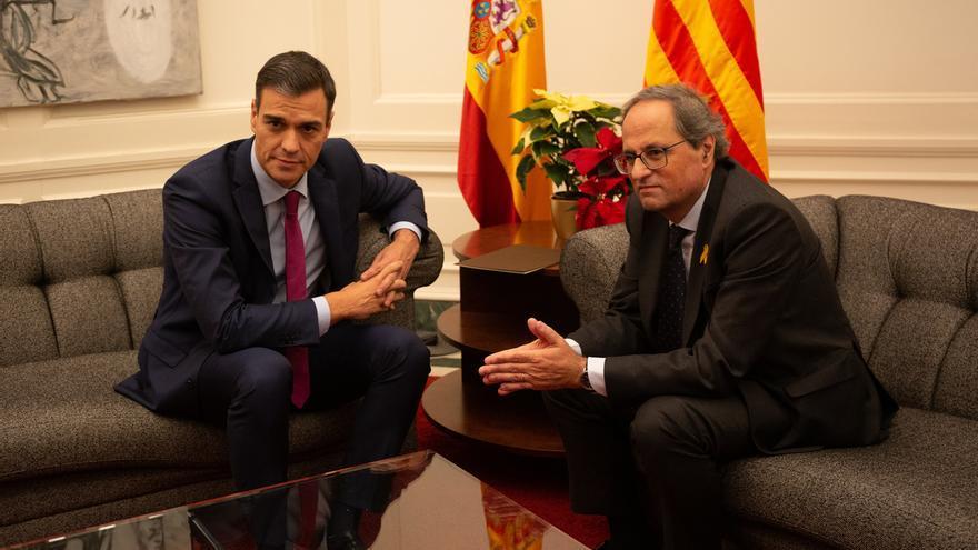 """Sánchez y Torra acuerdan buscar una """"propuesta política"""" con amplio apoyo ciudadano y seguridad jurídica"""
