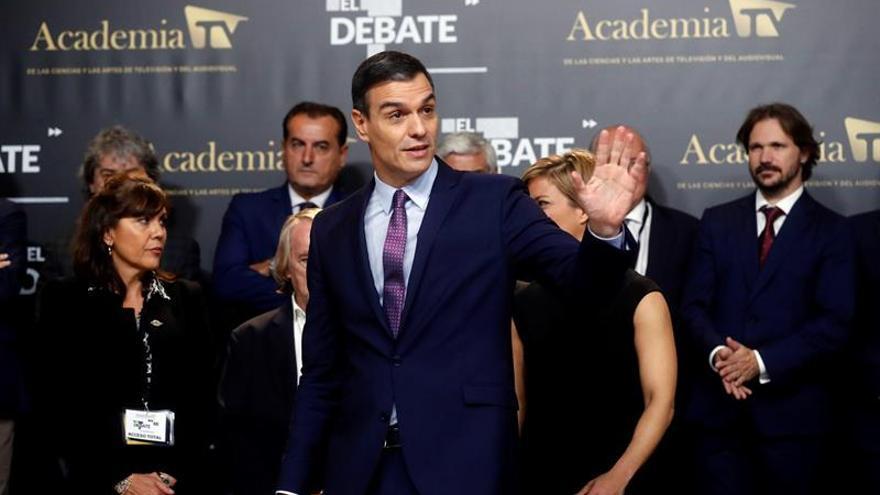 El candidato del PSOE, Pedro Sánchez, al finalizar el debate electoral en el que participan todos los candidatos a la presidencia del Gobierno.