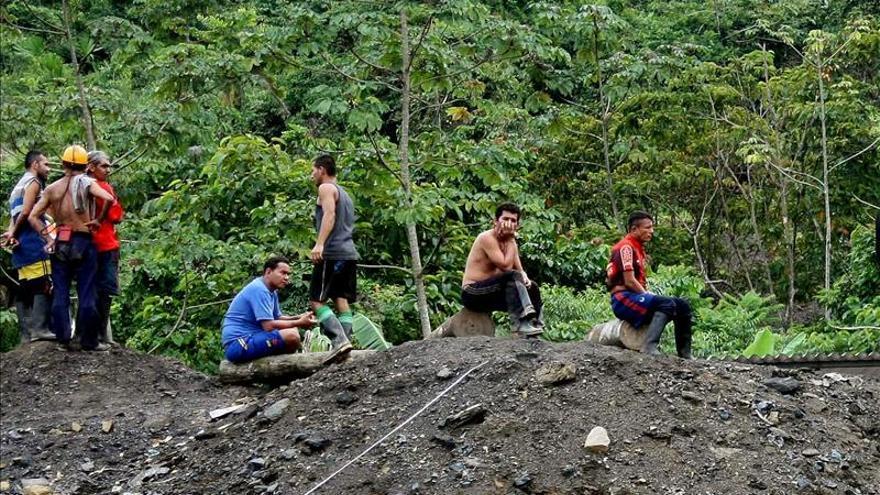Mineras extranjeras reubicarán una comunidad colombiana contaminada por el carbón