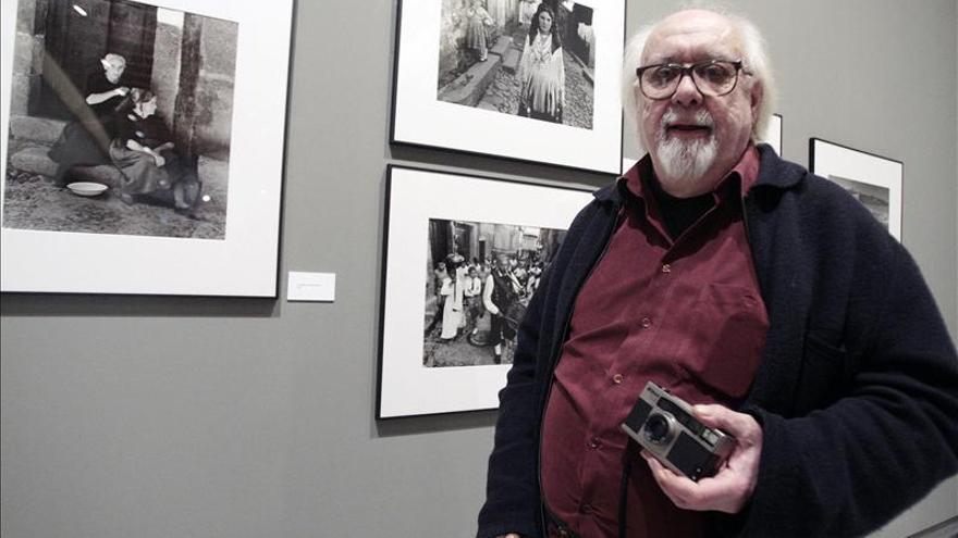 El fotógrafo Sanz Lobato afirma que los más torpes son los que tratan de romper con los clásicos