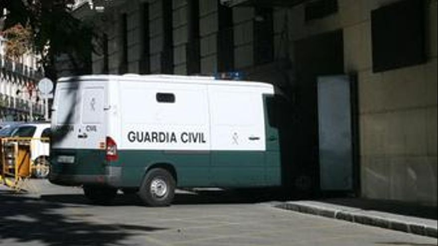 La Audiencia Nacional juzgará desde hoy a once presuntos islamistas acusados de querer volar el Metro de Barcelona