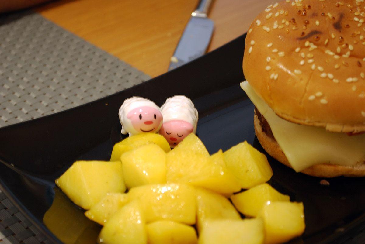 Noviembre_Humberts_Burguer de buey con bacon y queso_Malasaña a mordiscos