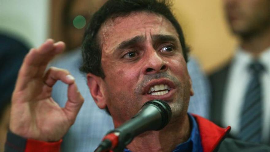 Capriles dice que solo el voto puede aportar una solución a Venezuela