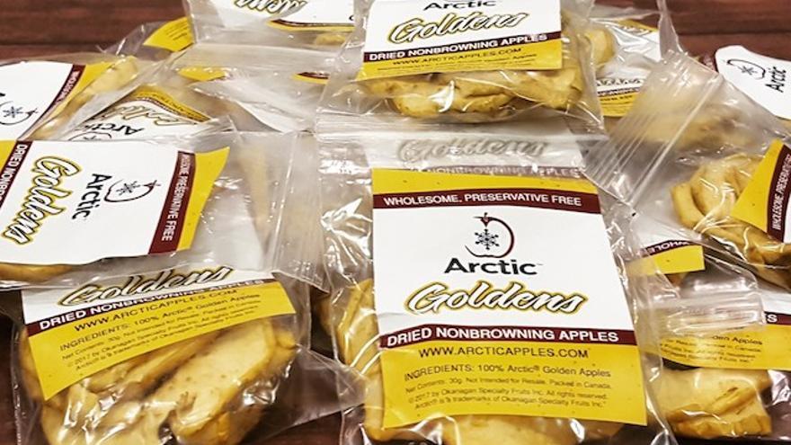 Las manzanas Artic no se ponen de color marrrón (no sufren oxidación) debido a un cambio genético