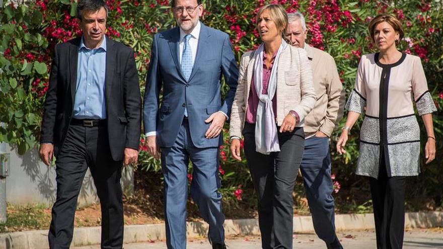 """Rajoy se ofrece ante el 26J frente a los pactos de izquierda """"débiles"""" y """"peleados"""""""