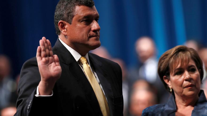 El vicepresidente de Guatemala propone a Giammattei que ambos renuncien