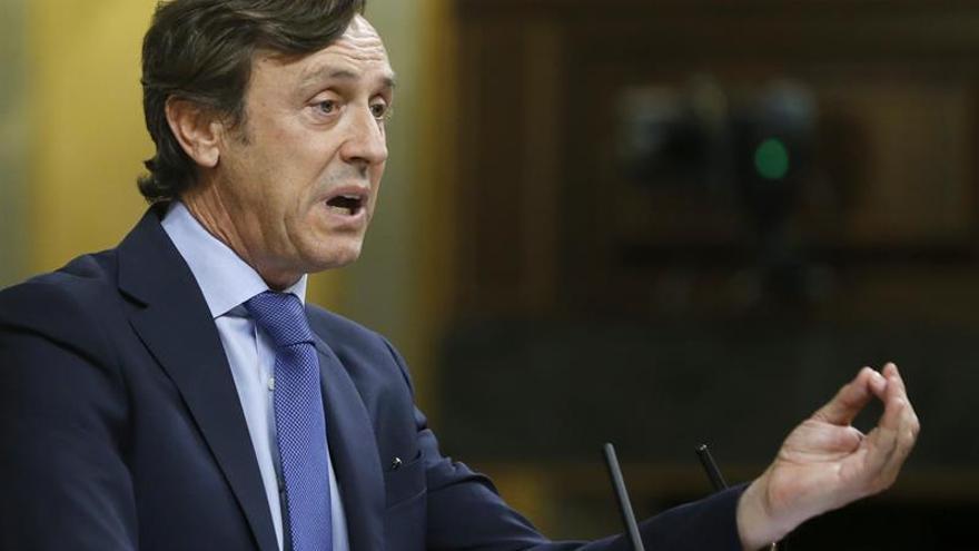 El PP reitera al PSOE que debe respetar lo que los ciudadanos expresaron el 26J