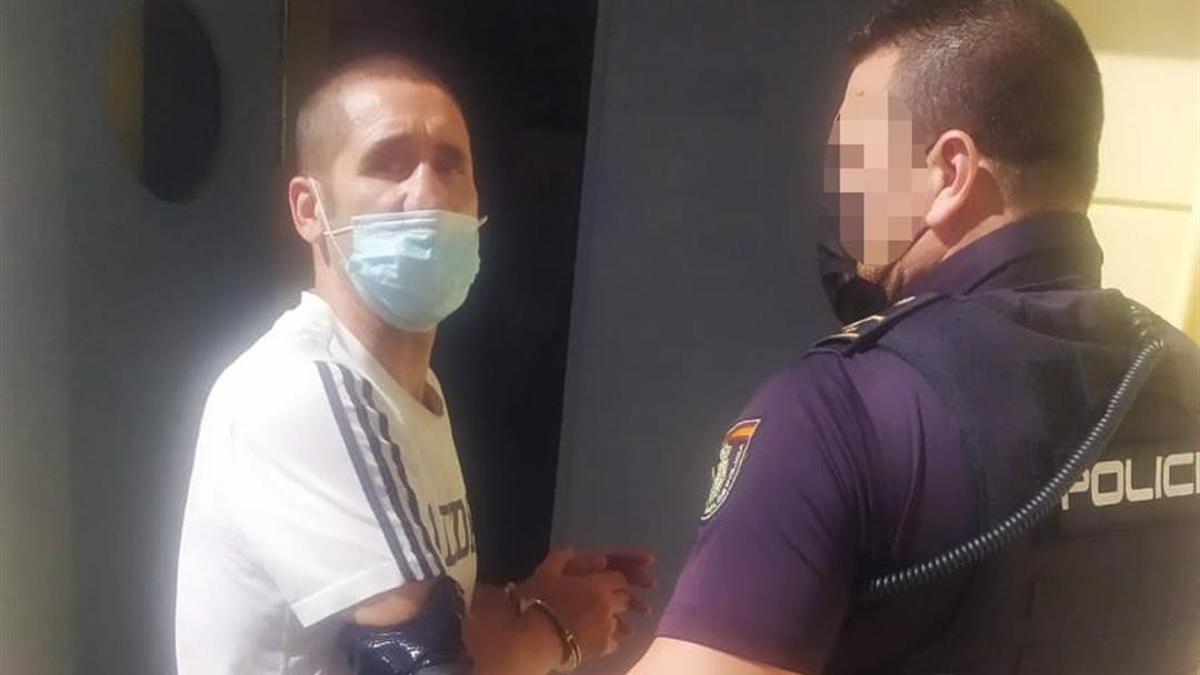 El excampeón de Europa de boxeo Poli Díaz, acusado de haber dado una paliza a su pareja. Imagen facilitada por la Policía del momento de la detención. EFE/Policía Naciona