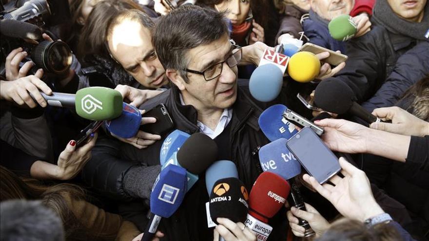 Patxi López apoya a Sánchez como líder, incluso si se repiten las elecciones